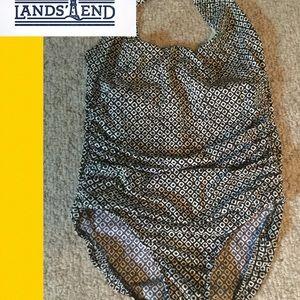 Lands End plus size 18 one-piece bathing suit B/W